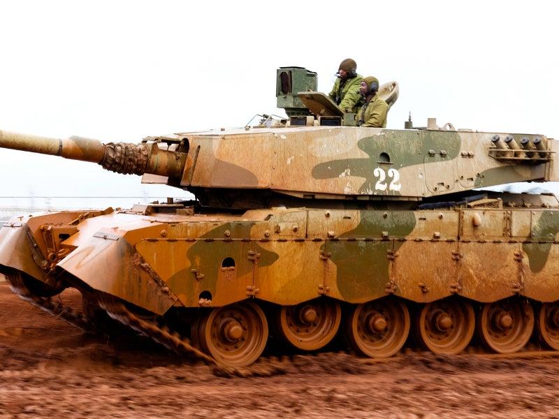 Image 1-Olifant mk1B main battle tank