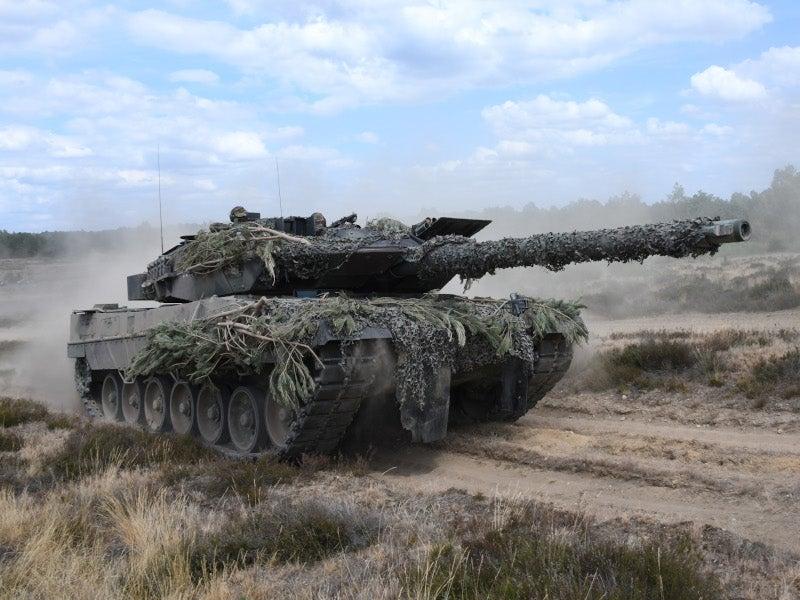 Image 3-Leopard 2 Main Battle Tank