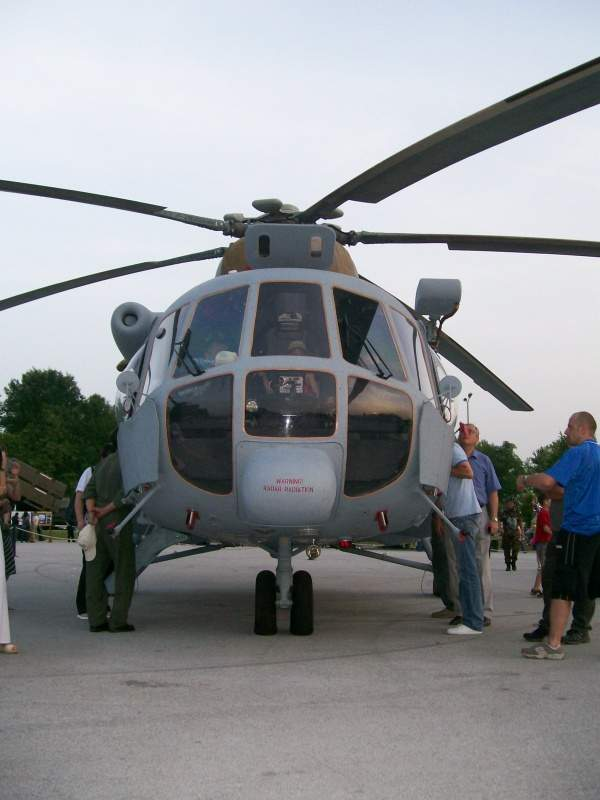 The Mi-171Sh is a military transport helicopter based on the civilian Mi-171 helicopter. Image courtesy of Suradnik13.