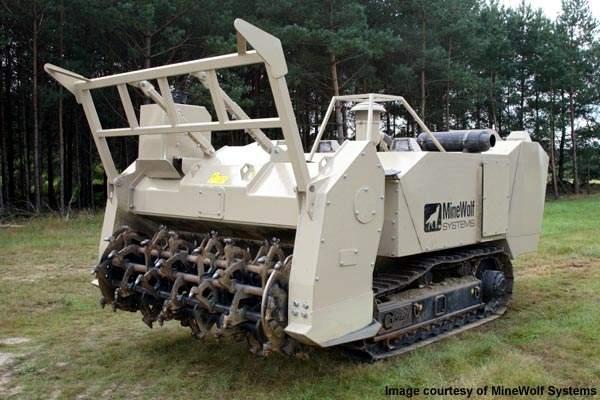 MineWolf mine-clearance machine