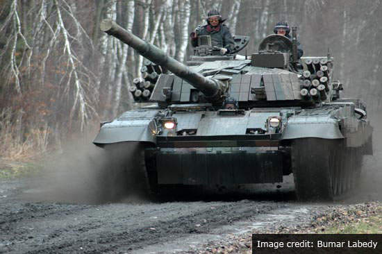 PT-91 performing demonstrator operations.
