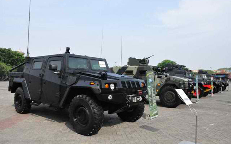 The Komodo wheeled tactical vehicle variants seen during IndoDefence 2012.  Image courtesy of Ominae via Wikipedia.