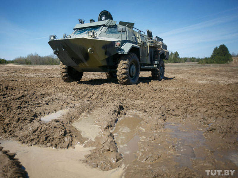 Cayman 4x4 armoured reconnaissance vehicle is in service with the Belarus Ground Forces. Image courtesy of tut.by.