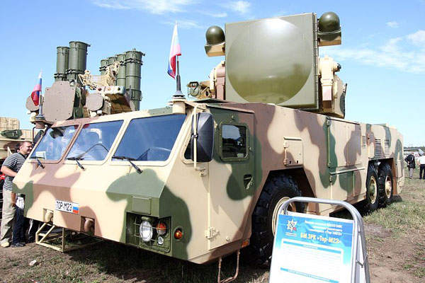 The Tor-M2E system was displayed with 9A331MK transport launcher in MAKS 2011 Airshow held in Moscow.