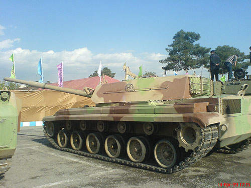 The Zulfiqar tank features an automatic loader and has composite armour protection.