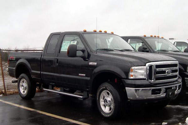 The F-350 has a six-litre diesel V8 power unit.