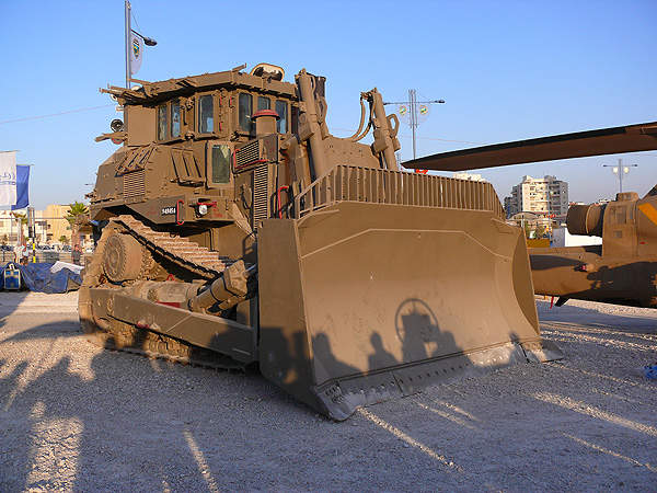 Armoured D9R Dozer of the Israel Defence Forces is based on the Caterpillar D9 track-type tractor. Image courtesy of MathKnight.