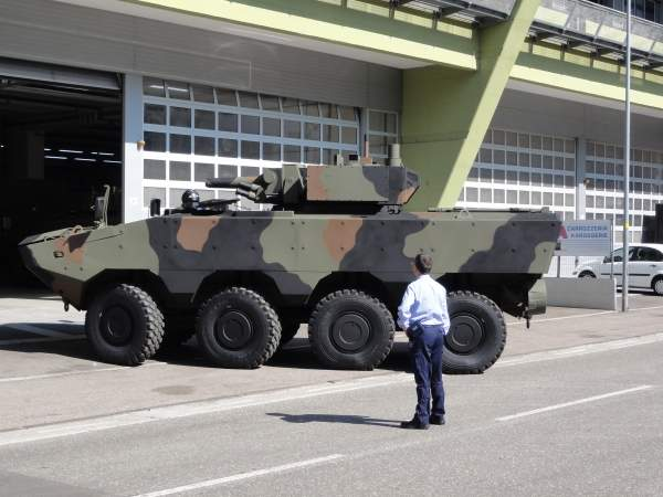 The Superav 8x8 is available as an armoured personnel carrier combat vehicle, anti tank vehicle, mortar carrier, engineer vehicle, recovery vehicle, ambulance and command post vehicle. Image courtesy of Mattes.