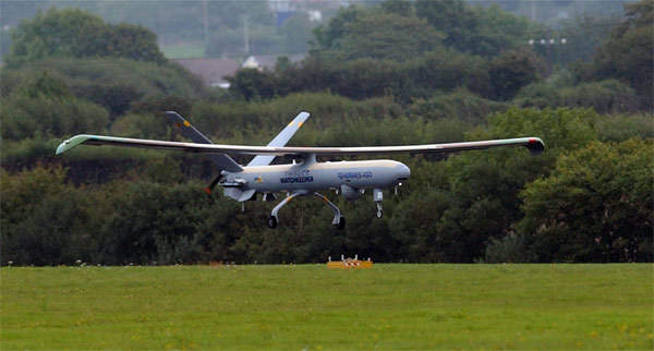 The first flight of the Watchkeeper UAV in UK air space took place in September 2005 at the Park Aberporth UAV Systems Event 2005 in Wales.