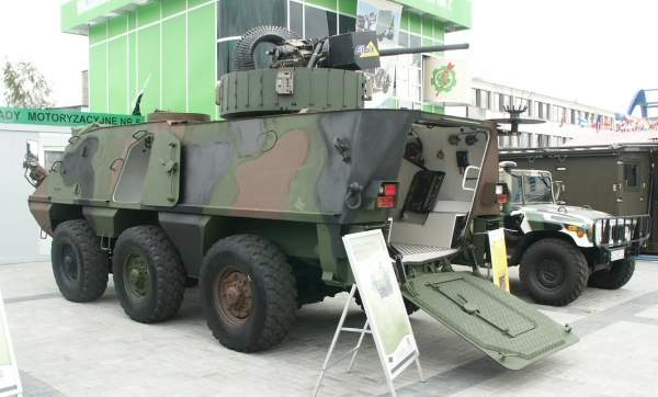 IRBIS 6x6 wheeled armoured personnel carrier fitted with Elbit ORCWS 30mm turret. Image courtesy of Pibwl.
