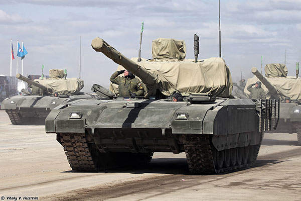 The main gun of T-14 Armata is a 125mm 2A82-1M smoothbore gun. Image courtesy of Vitaly V. Kuzmin.