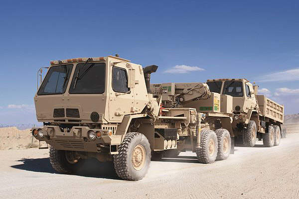 The FMTV Wrecker variant has a maximum speed of 88km/h. Image courtesy of Oshkosh Corporation.