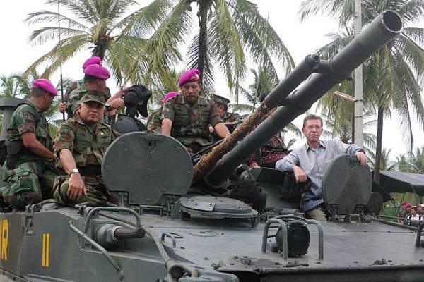 The Indonesian Armed Forces received 37 BMP-3F vehicles in January 2014.