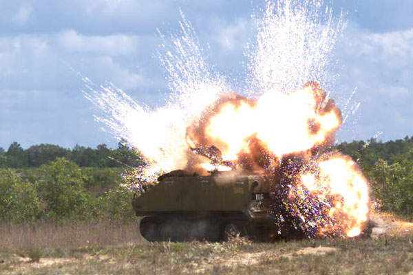 The Advanced Precision Kill Weapon System is equipped with M151 / MK152 and M282 warheads. Image courtesy of BAE Systems.
