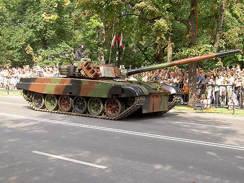 The PT-91 Twardy on parade.