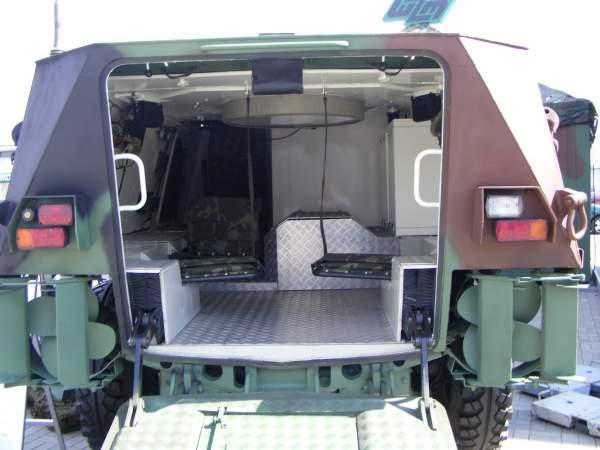 A rear view of the IRBIS 6x6 wheeled armoured personnel carrier produced by Wojskowe Zakłady Motoryzacyjne (WZM). Image courtesy of Spike78.