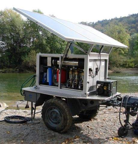 Water purification trailer in use which is highly mobile