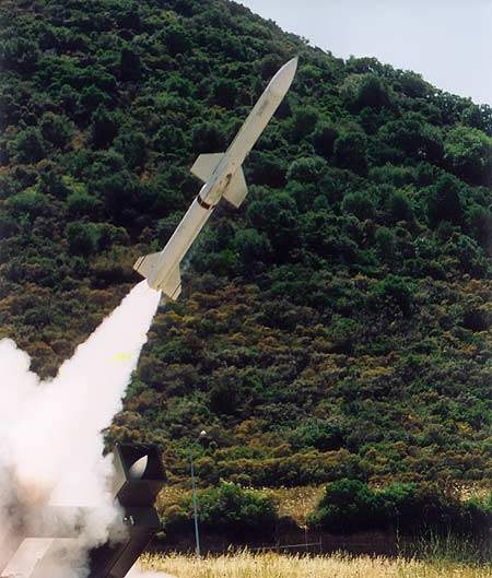 The Spada 2000 system can engage up to four targets simultaneously with Aspide 2000 missiles.