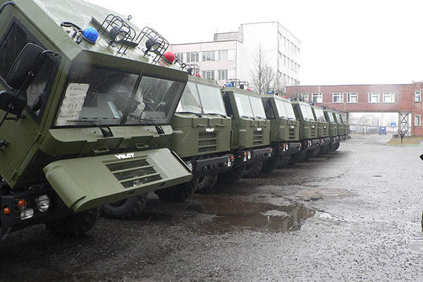 The first batch of nine production vehicles was delivered to the State Border Committee of Belarus in February 2015. Image courtesy of MWTP.
