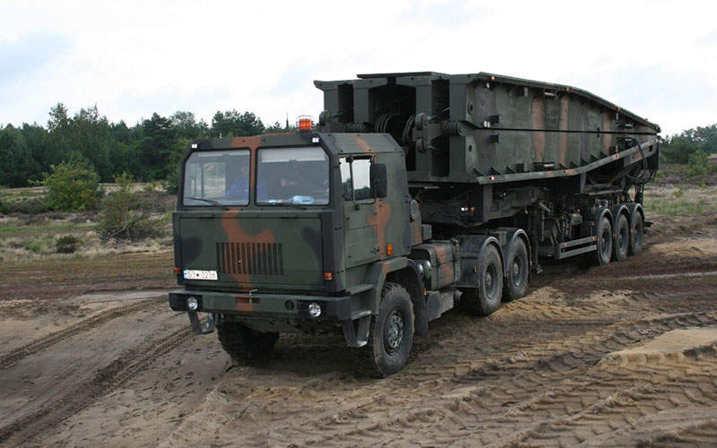 The Polish Army received the first two MS-20 Daglezja bridges in December 2012. Image courtesy of Ministerstwo Obrony Narodowej.