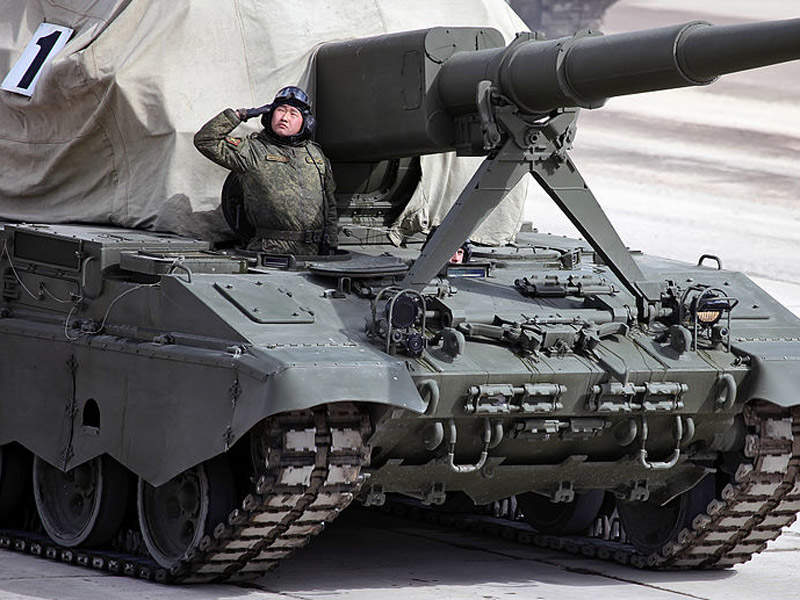 The main armament of the 2S35 Koalitsiya-SV is a 152mm gun. Image courtesy of Vitaly V. Kuzmin.