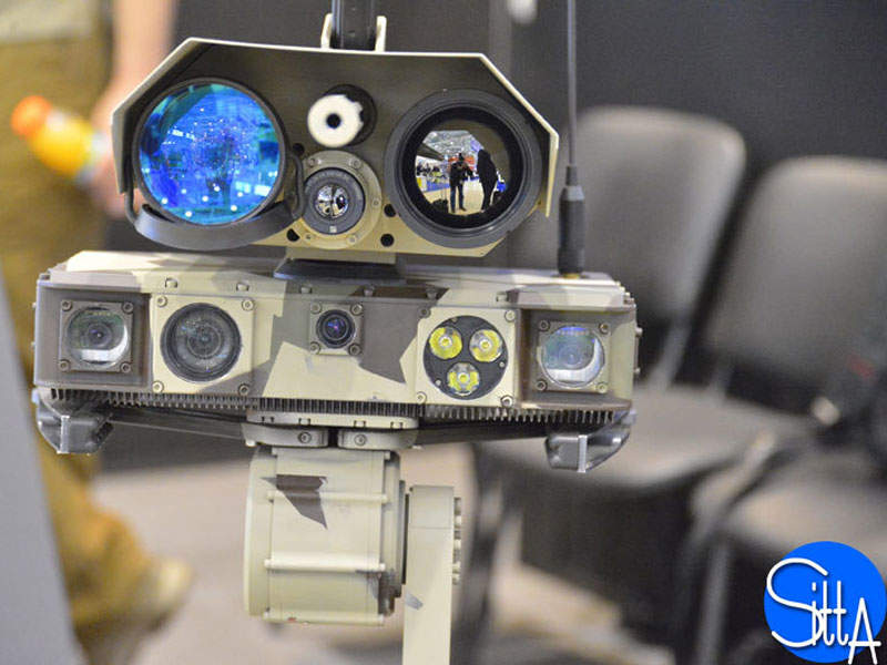 The Minirex combat robot is equipped with four 360° cameras. Image courtesy of Ministère de la Défense.