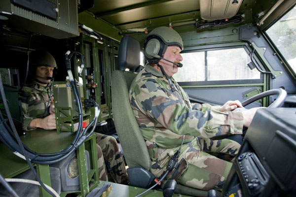 MPCV can be operated with a single soldier or by a two-man crew including a team leader. Image courtesy of MBDA / Daniel Lutanie.