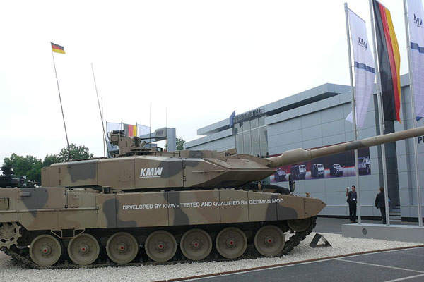 The Leopard 2A7+ main battle tank offers enhanced mobility. Image courtesy of AMB Brescia.