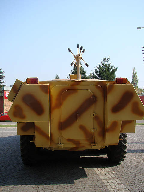 The Saur 2 8x8 wheeled armoured vehicle on display at Expomil 2011. Image courtesy of Dragoş Anghelache (Magazine Fortelor Terestre).