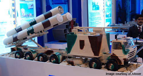 A model of the BrahMos missile autonomous ground launcher shown at MAKS-2009.