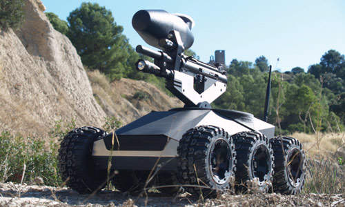 Six wheeled robot with mounted gun