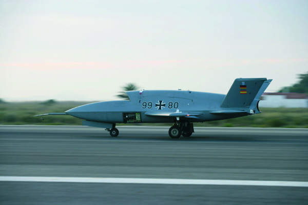 Spanish testing flights of the Barracuda UAV system