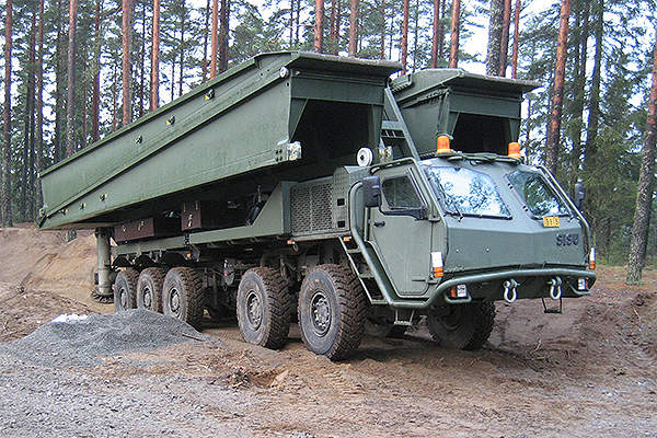 The Leguan bridge Layer mounted on wheeled vehicle. Image courtesy of Krauss-Maffei Wegmann.