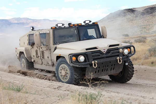 A Navistar International Saratoga vehicle demonstrates its mobility in sand. Image courtesy of Navistar Defense.