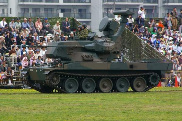 The Type 87 self-propelled anti-aircraft gun is fitted with twin Oerlikon Contraves 35mm KDA cannon. Image courtesy of Los688.