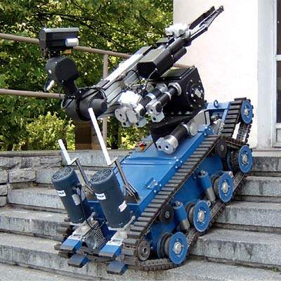 military robots - 800×800
