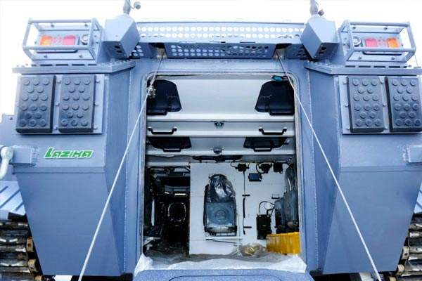 A close view of the troop compartment of the Lazika Infantry Fighting Vehicle. Image courtesy of WikIunker.