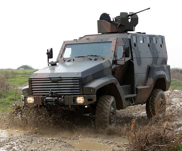 KAYA 4x4 MPV demonstrates excellent cross country capabilities.