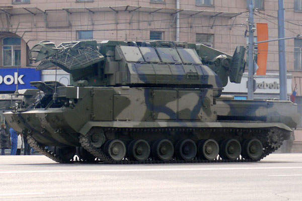 The Tor-M2 based on tracked chassis has a weight of 37t. Image courtesy of Vitaly V. Kuzmin.