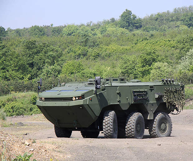 The ARMA 6x6 has a turning radius of 7.85m.