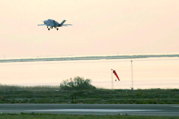 Fly-by-wire and flight control systems provide an all-electric-aircraft capability for the Barracuda in flight.
