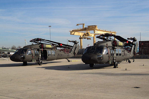 The UH-60M helicopter features new airframe and advanced digital avionics. Image courtesy of U.S. Army.