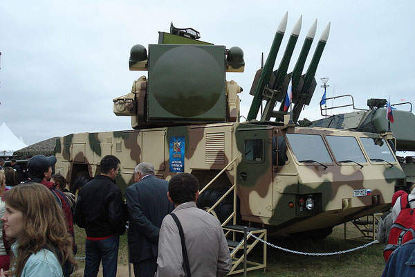 The Tor-M2 air defence system consists of four 9M331 surface-to-air guided missiles.