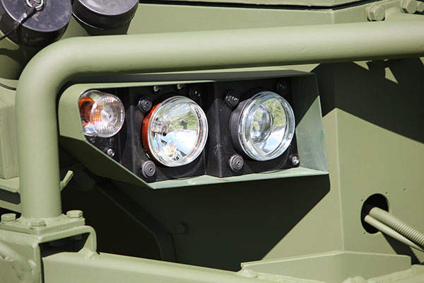 A close view of the lights on the front of the vehicle.  Image: courtesy of Krauss-Maffei Wegmann (KMW).