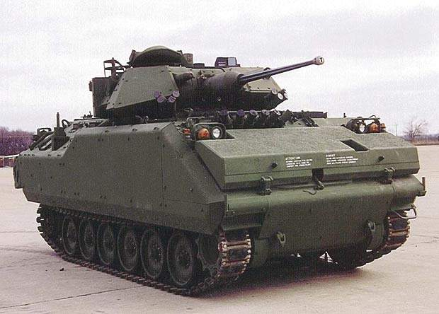 Exterior image of a MCV-S which is capable of 0km/h to 30km/h in 7.5 sec