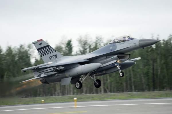 F-16 NATO