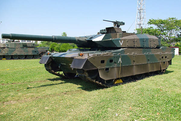 The MBT has a gross weight of 44t. Image courtesy of Los688.