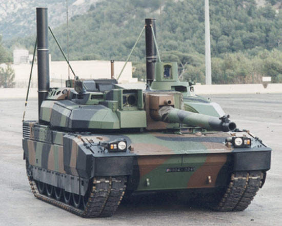 Leclerc Main Battle Tank with snorkels attached