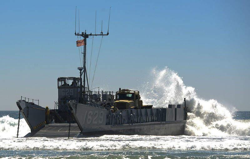 US landing craft San Siego army troops