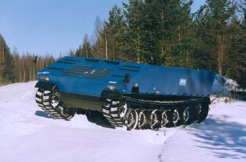 SEP armoured vehicle travelling in snow